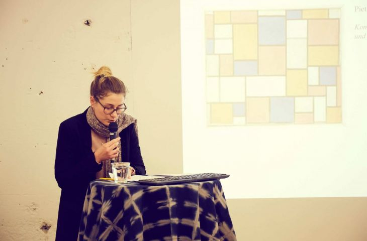 Buket referiert über das Textile in der Kunst